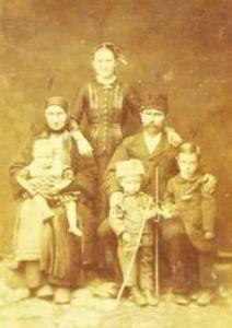 П.Д.Гл. семейство